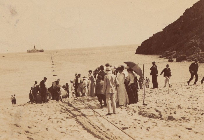 Landing the Fayal cable at Porthcurno 1906