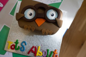 Tots About Ollie the Owl birthday cake for children's party
